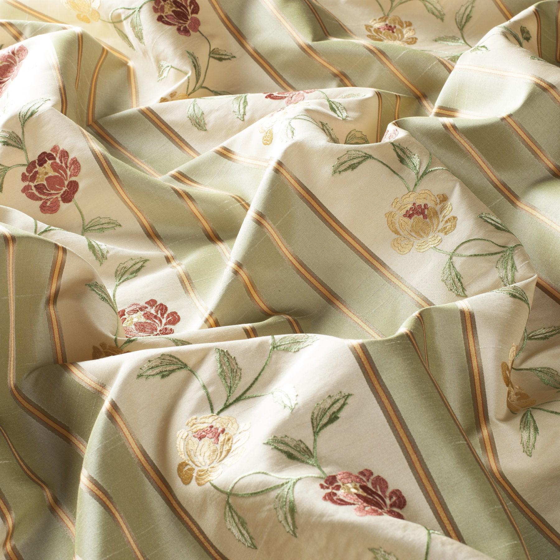 Decoration fabric madeleine 8 1739 138 gardisette for Madeleine decoration